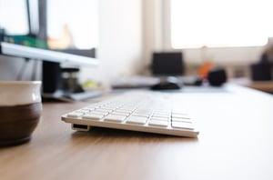 personeelsdossiers-toetsenbord-bureau-blog-bct